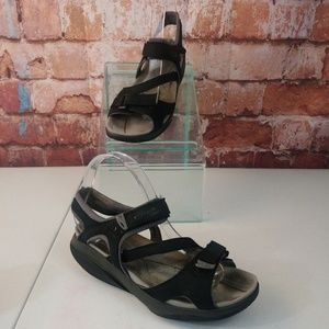MBT Women's Katika Sandals Size 8